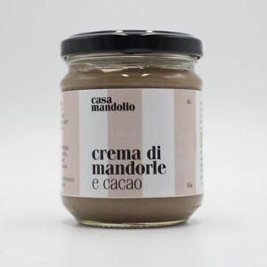 Crema di mandorle e  cacao
